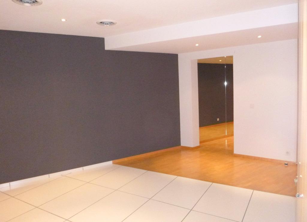 Acheter un appartement mulhouse acheter une maison for Acheter un bureau